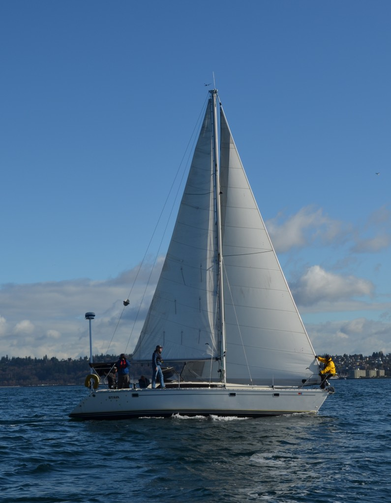 Jeanneau 38 - Otava. Shilshole. Seattle Sailing Club Boat Fleet